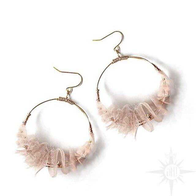 frill hoop pierced earringの画像1枚目