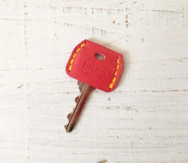 無機質な鍵をガーリーに★革のキーカバー(ローズ)の画像1枚目