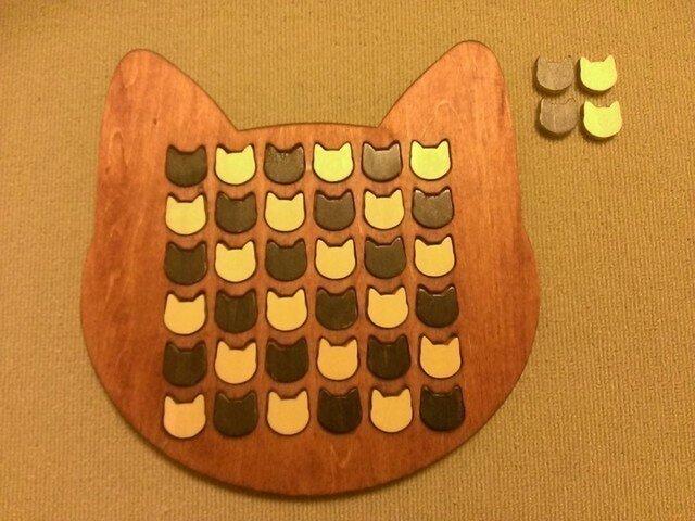 ☆受注製作☆木製ネコ型リバーシ☆チェリーの画像1枚目