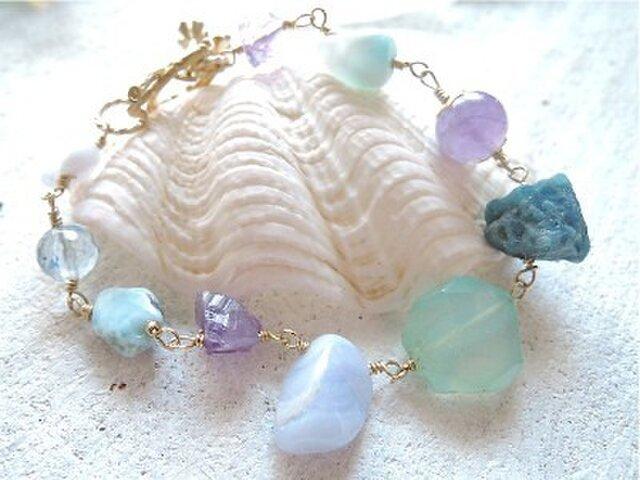 Mermaid's Treasure  海色天然石のブレスレットの画像1枚目