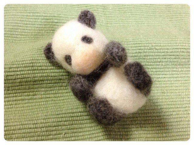 赤ちゃんパンダ(淡)2の画像1枚目