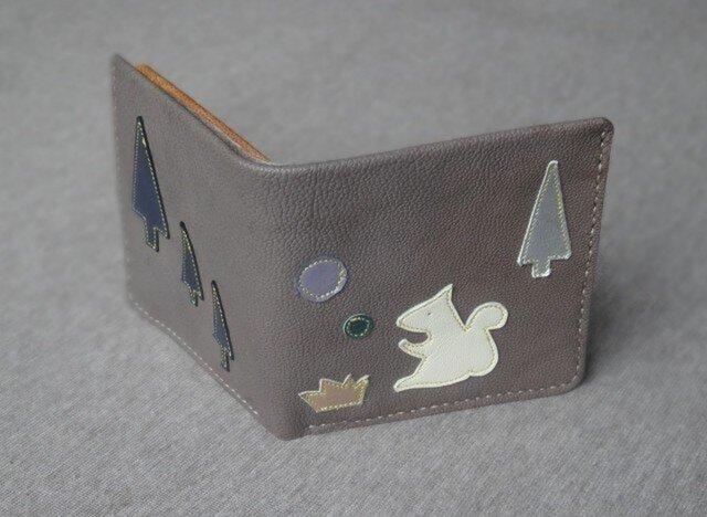 森とリスの革の財布の画像1枚目