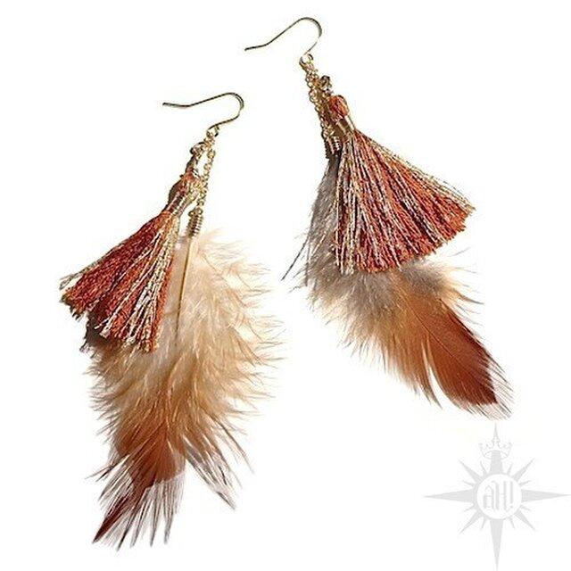 feather tassel  earringの画像1枚目