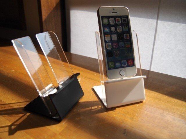 i phone 5スタンドの画像1枚目