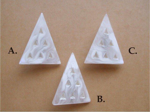 三角ツリー ブローチの画像1枚目