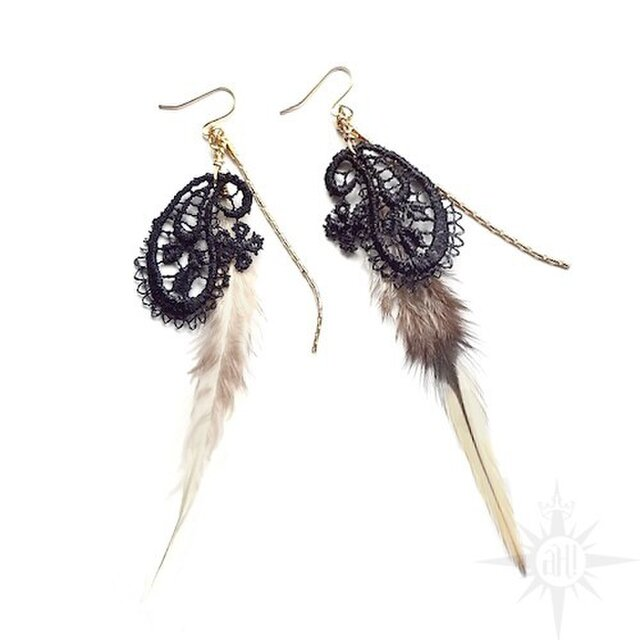 paisley+feather earringの画像1枚目