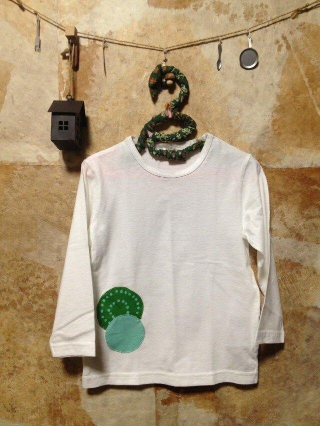 アップリケが可愛いロングTシャツ♪の画像1枚目