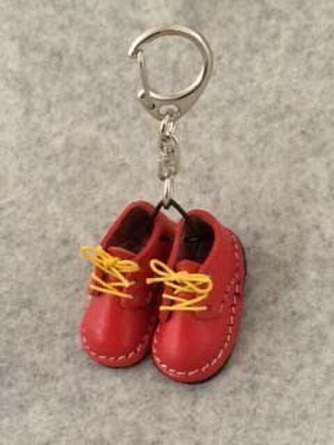 小さな 靴の画像1枚目