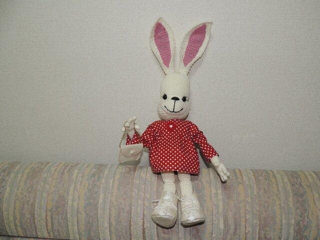 ウサギちゃんの編みぐるみの画像1枚目