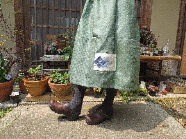 着物リメイク☆新緑の白の水玉みたいな絣織り紫陽花パッチ73cm丈の画像1枚目