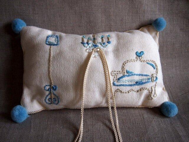 インテリア刺繍のコットンのミニクッションの画像1枚目