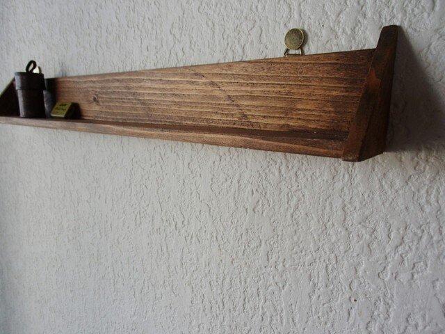 三角の飾り棚の画像1枚目