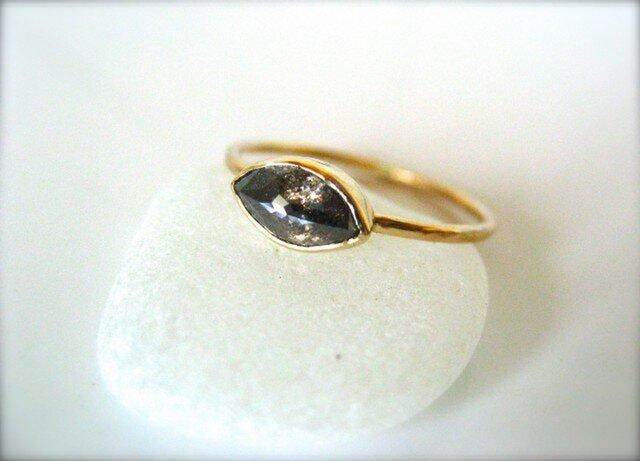 SOLD.Translucentマーキースダイヤモンドリングの画像1枚目