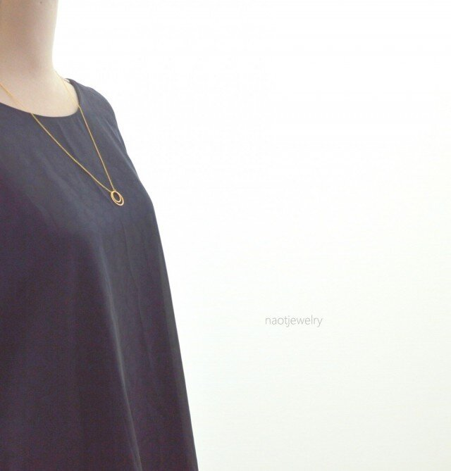 Double strand of circle Necklaceの画像1枚目