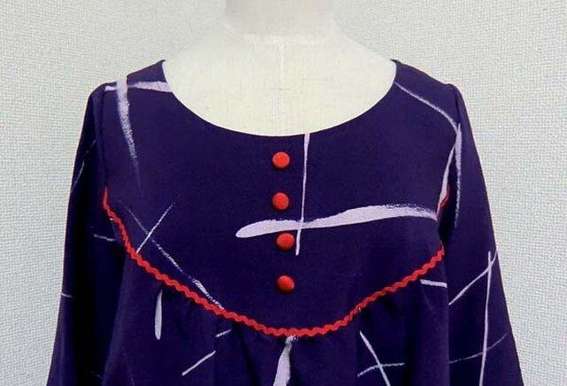 着物から線描き模様のチュニックの画像1枚目
