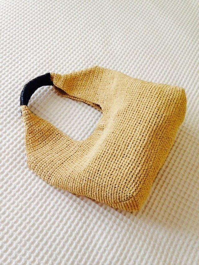 麦わら素材のナチュラルバック(ヌガー色)の画像1枚目