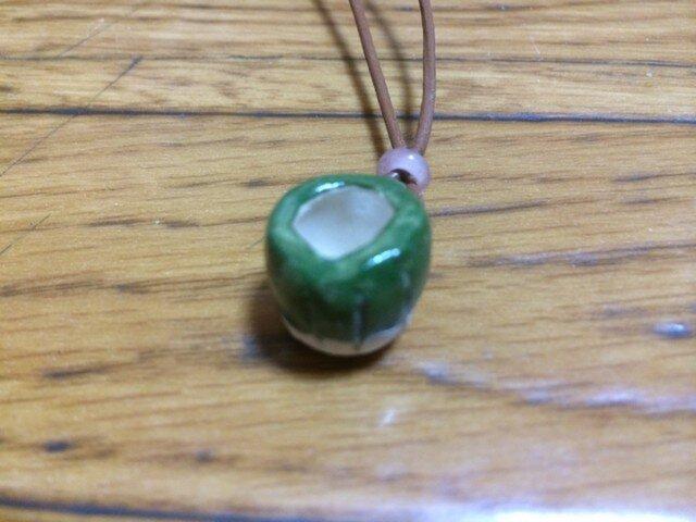【陶器】マグカップネックレス・グリーンの画像1枚目