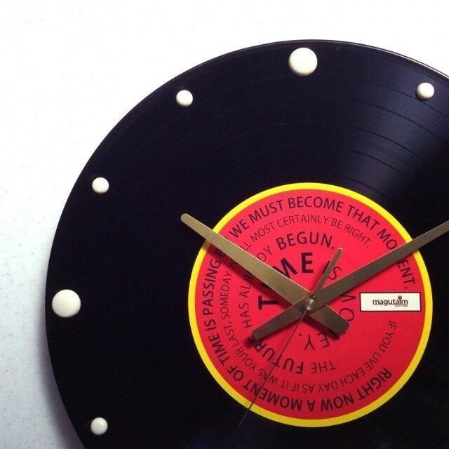 レコード盤壁掛け時計(格言・赤)の画像1枚目