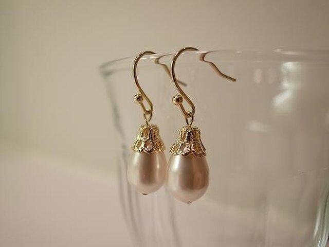 pearl earringsの画像1枚目