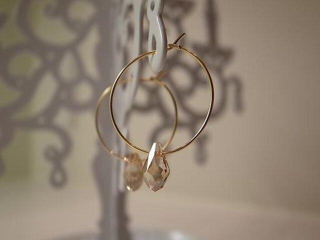 swarovski hoop earringsの画像1枚目