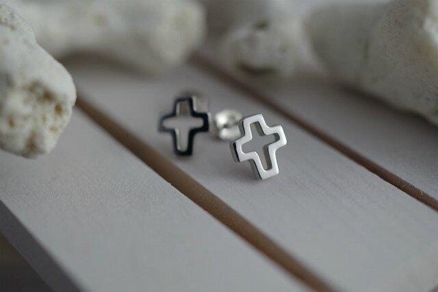 cross pierced earrings 1の画像1枚目