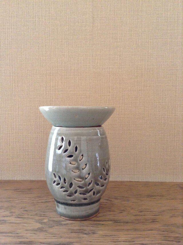 茶香炉ー青磁釉草木紋の画像1枚目
