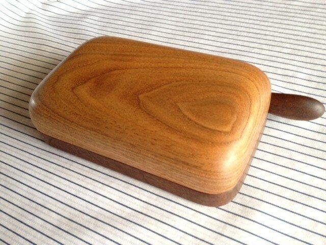 木のバターケース KUWの画像1枚目