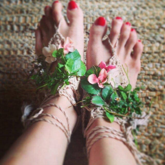 barefoot sandal(botanical)の画像1枚目