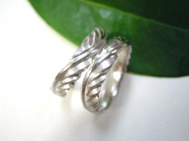 結婚指輪☆プラチナ製 イーグルの羽・インディアンの羽の画像1枚目