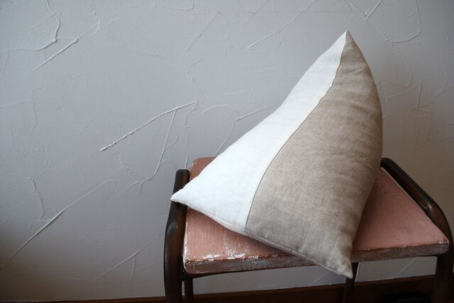 tetra 枕 (リネン100%)の画像1枚目
