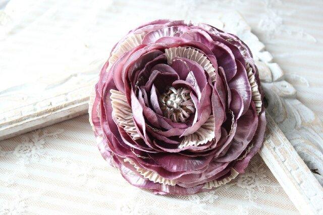 【モーブピンク】ラナンキュラスの上品なコサージュ髪飾りの画像1枚目