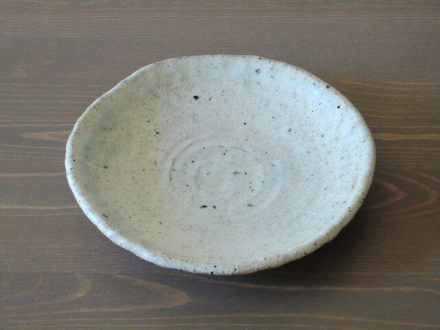 手びねり粉引皿の画像1枚目