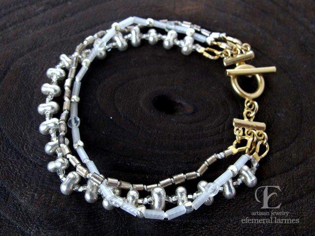 フランスヴィンテージシードビーズシルク糸のブレスレットの画像1枚目