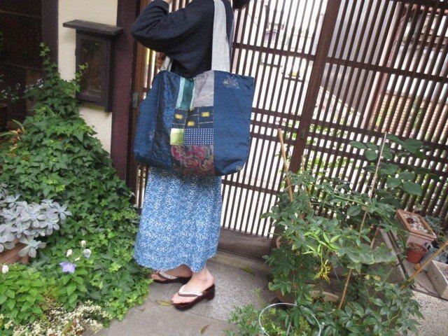 着物リメイク☆紬をパッチ&パッチでおっきなトートバッグの画像1枚目