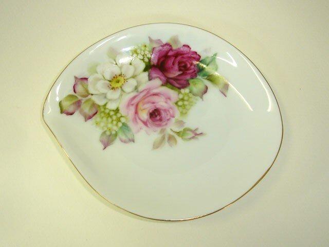 薔薇のしずく皿(1)の画像1枚目