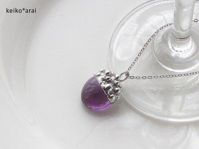 【Sold】ステンドグラスのネックレス-ベリー(葡萄色)の画像1枚目