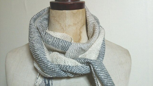手織り シルクミニストール グレーの画像1枚目