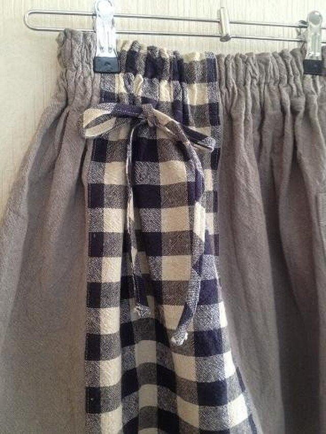 コットンリネン 無地+チェックのパッチしたスカート 110位の画像1枚目