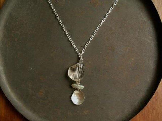 クオーツ×真珠 ネックレスの画像1枚目