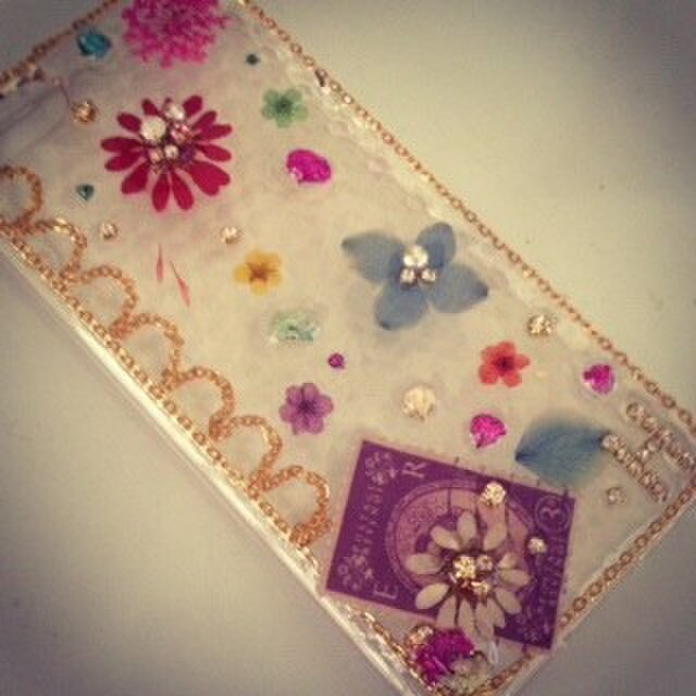 H様オーダー♪色とりどりの花でガーリーIPHONE5 5sケースの画像1枚目