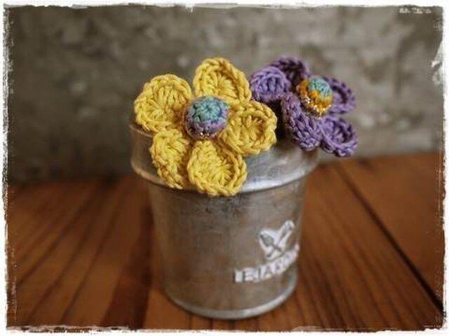 お花のシュシュヘアゴム2個セット ブレスレットにも(パープル)の画像1枚目