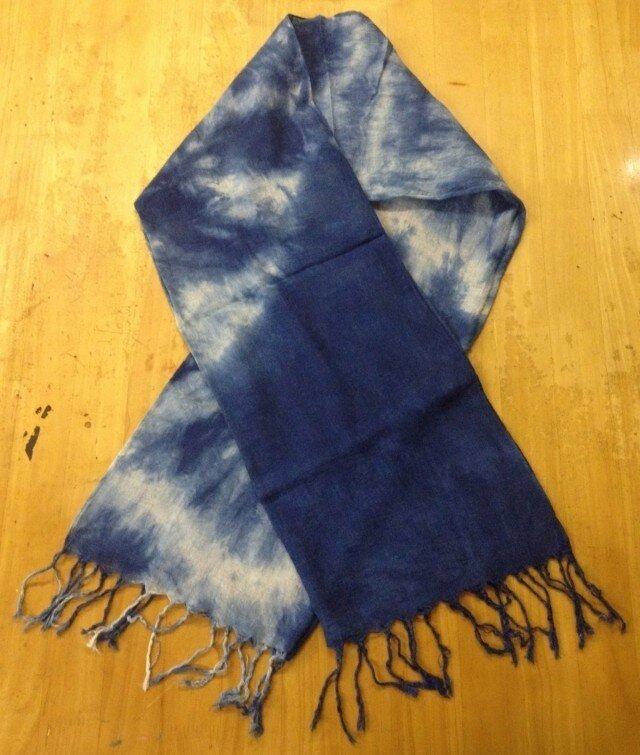天然藍染コットンストール 002(大きな花柄)の画像1枚目