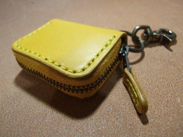 黄色のミニファスナーコインケースの画像1枚目