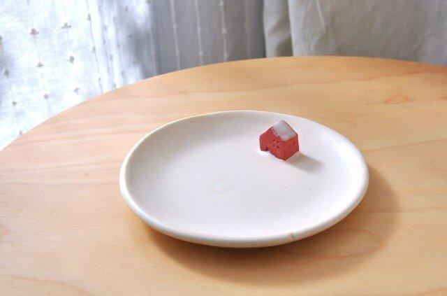 【E様ご予約分】赤いお家の小皿の画像1枚目