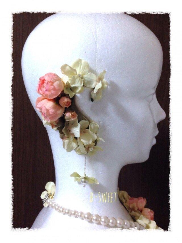紫陽花とラナンキュラスのイヤーフックE (ピンク)右耳用の画像1枚目