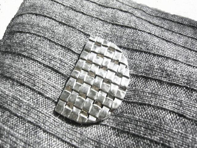 編み込み ブローチ(再販)の画像1枚目