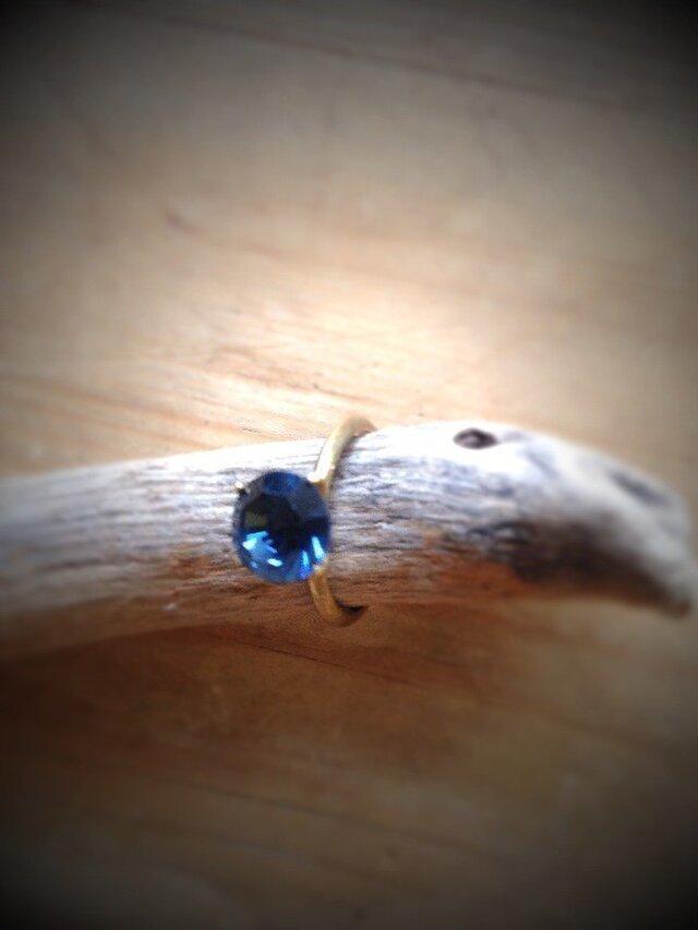 ヴィンテージスワロフスキーの4つ爪ブルーリングの画像1枚目