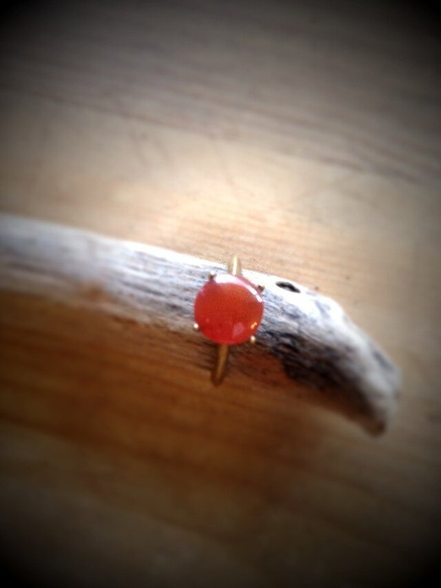 オレンジヴィンテージガラスのリングの画像1枚目