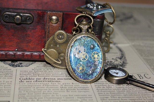 鍵型時計付き・小宇宙の浪漫の画像1枚目