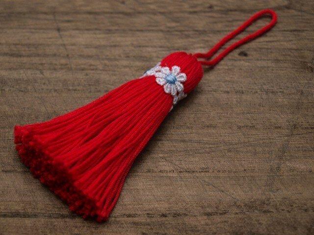 ❁お花タッセル❁ 【マーガレット】バッグチャーム オーナメント 帯飾り キーホルダー 赤の画像1枚目